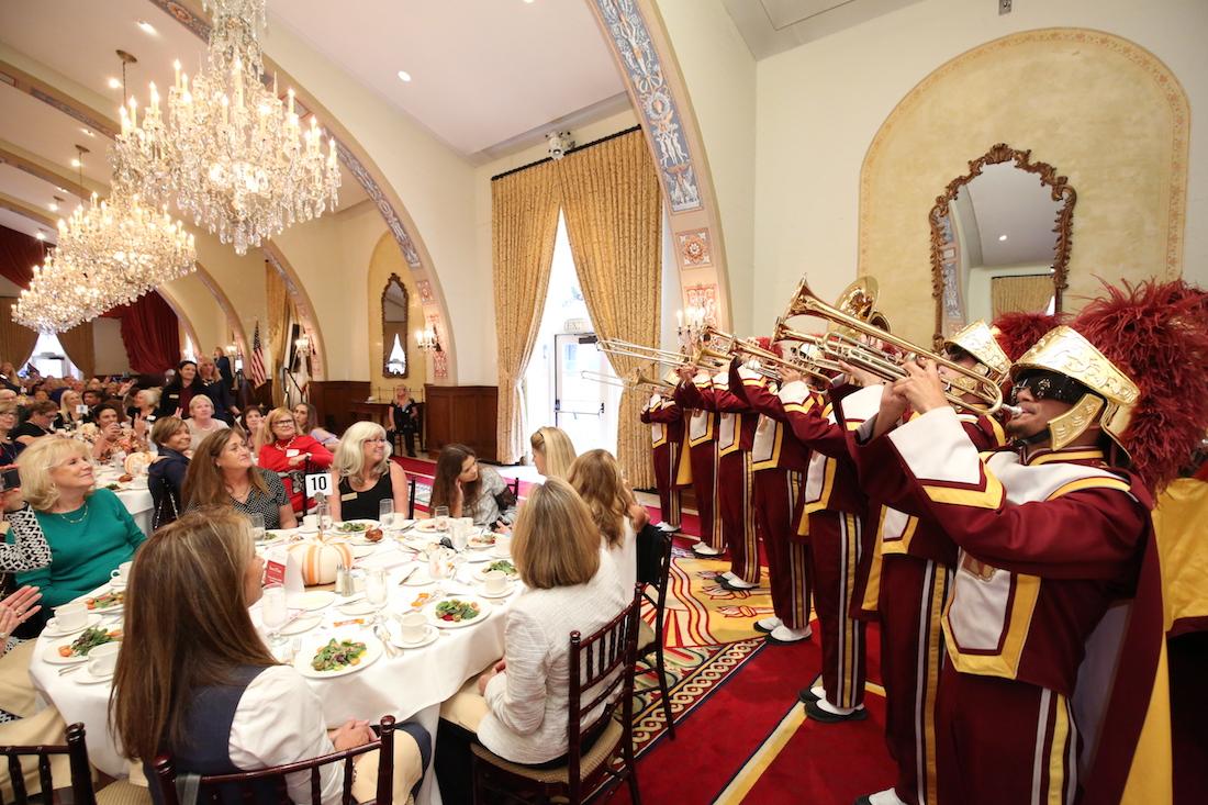 USC Celebrates 80th anniversary of Pat Nixon\'s graduation
